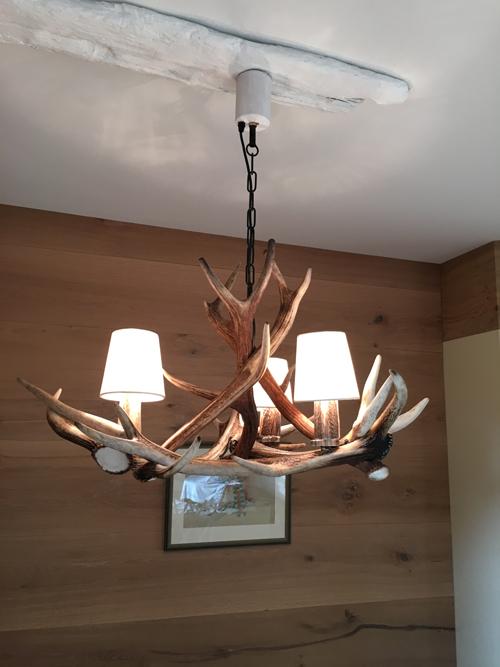 dekorative geweihlampen aus dem bayerischen wald joko geweihleuchten in furth im wald. Black Bedroom Furniture Sets. Home Design Ideas