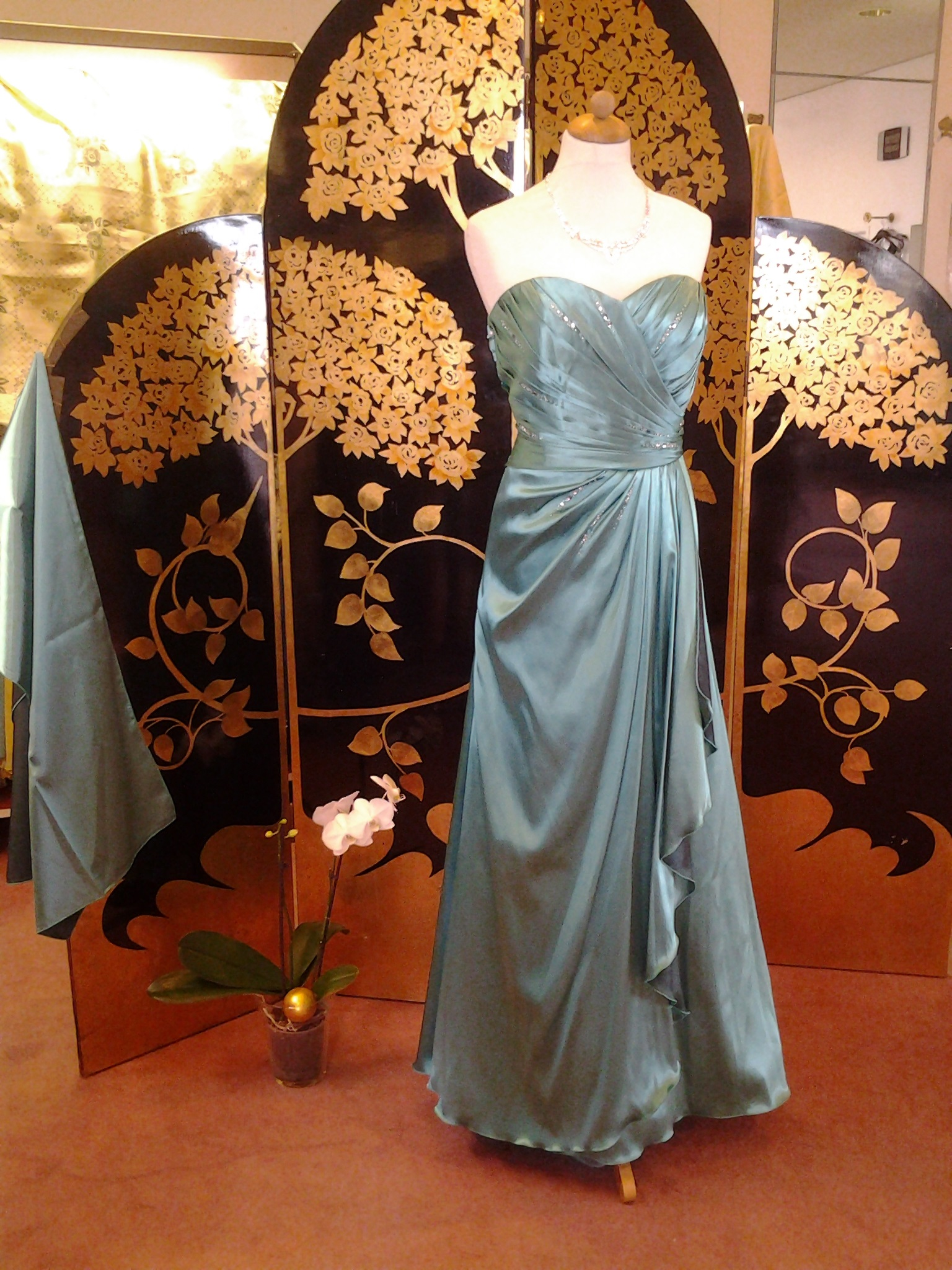 Brautmodengeschaft In Bonn Prestige Braut Abendmoden