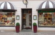 Aussenansicht Geschäft - Kunst und Antiquitäten Heidi Cornwall in Flensburg