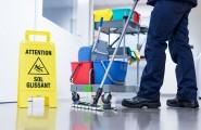 Gründliche Gebäudereinigung für Ihren Arbeitsplatz