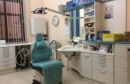 Behandlungsraum in der Zahnarztpraxis Dr. med. Christian Gätke in Wittenberge