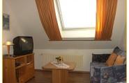 Wohnung 3 - Wohnraum mit Schlafcouch von Haus Gerrelts auf Norderney