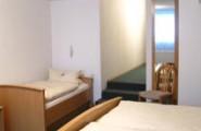 Dreibettzimmer im Hotel und Restaurant Munzert in Hof/Saale