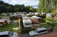 Wohnwagen auf dem Campingplatz Düderode in Kalefeld