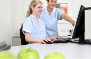 Empfang der Zahnarztpraxis von Dr. Brigitte Simon in Stuttgart