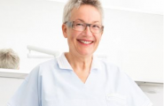 Dr. Brigitte Simon aus Stuttgart