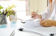 Steuerberaterin bei der Steuererklärung